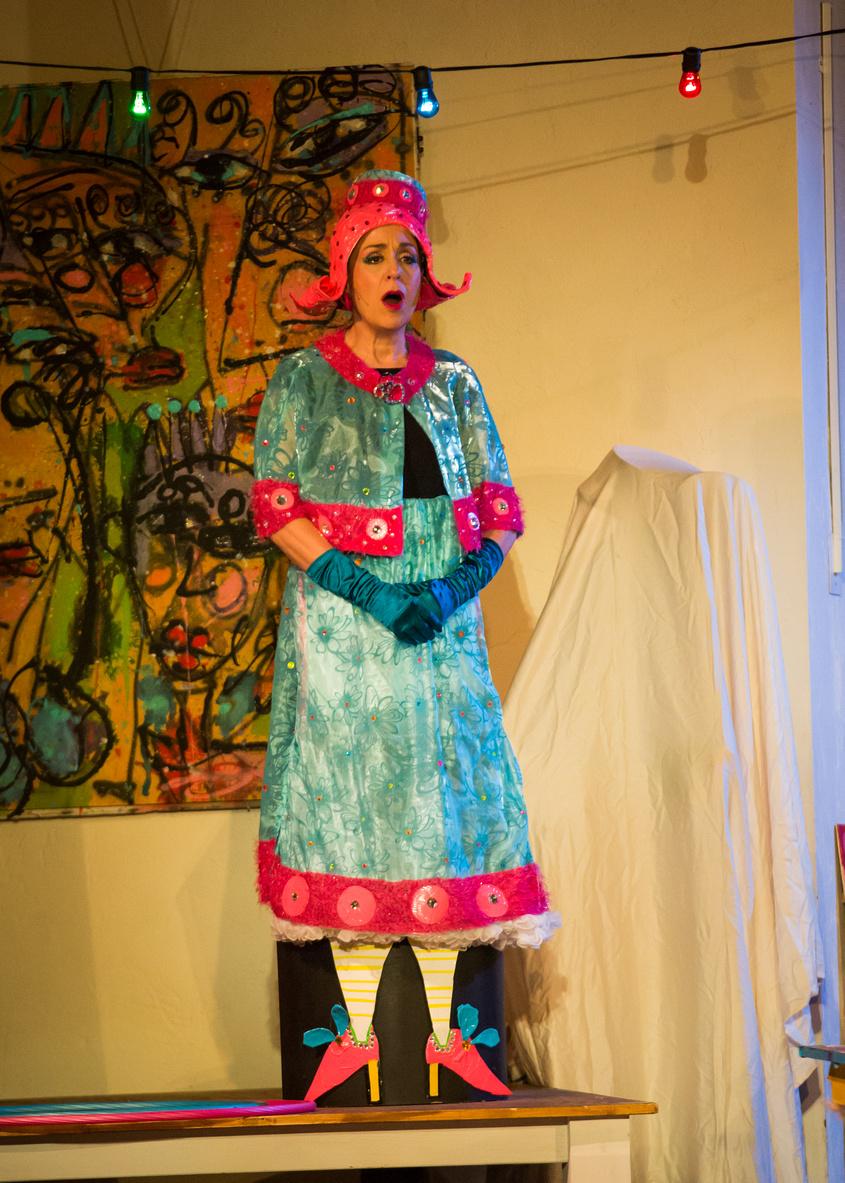 Mrs. Jonathan Hurlinger in LEMONADE FOR THE LAWNBOY