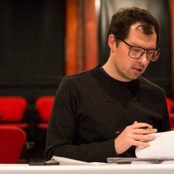 Joe Waechter workshops The Hidden People at the Playwrights' Center during PlayLabs 2015