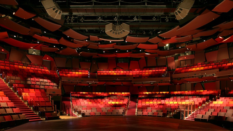 Wurtele Thrust Stage, Photo Gallop Studios, courtesy Guthrie Theater